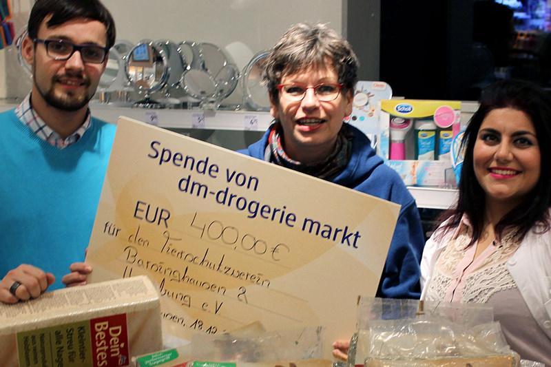 Spende vom DM Markt an Tierschutzverein Barsinghausen